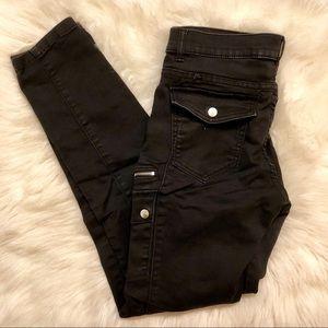 New York & Company black zipper legging